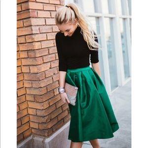 Dresses & Skirts - M🆕emerald green umbrella skirt gorgeous